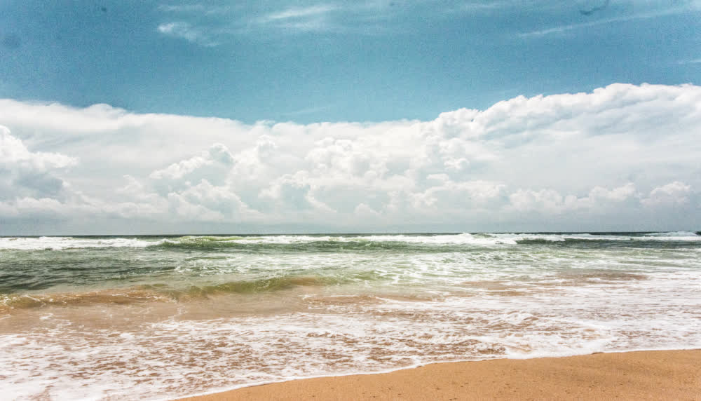 wewala beach hikkaduwa